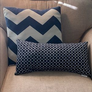 Threshold accent pillows- navy